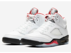 "『AIR JORDAN 5 RETRO""FIRE RED""』3月28日(土)発売!"